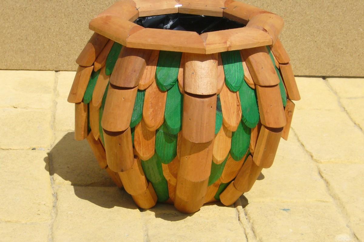 Macetas de madera picture to pin on pinterest pinsdaddy - Macetas de madera ...